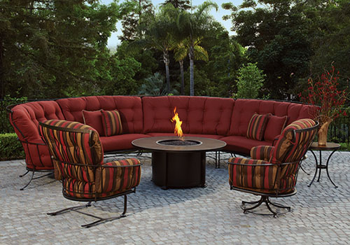 outdoor lounge and chairs