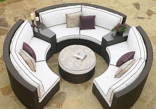 outdoor circular furniture